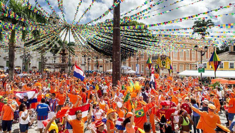 Supporters in Salvador. Beeld anp