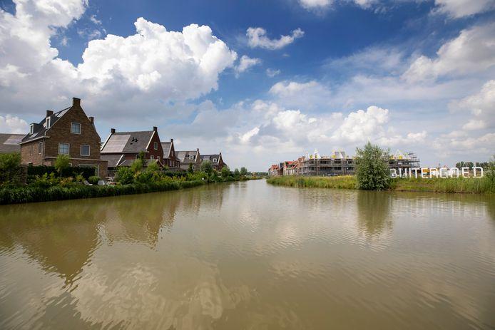 De Maassluise wijk Wilgenrijk, langs de rijksweg A20, is in aanbouw.