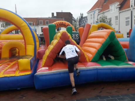 Rennen door gebouwen en over obstakels kan nog één keer in Middelburg