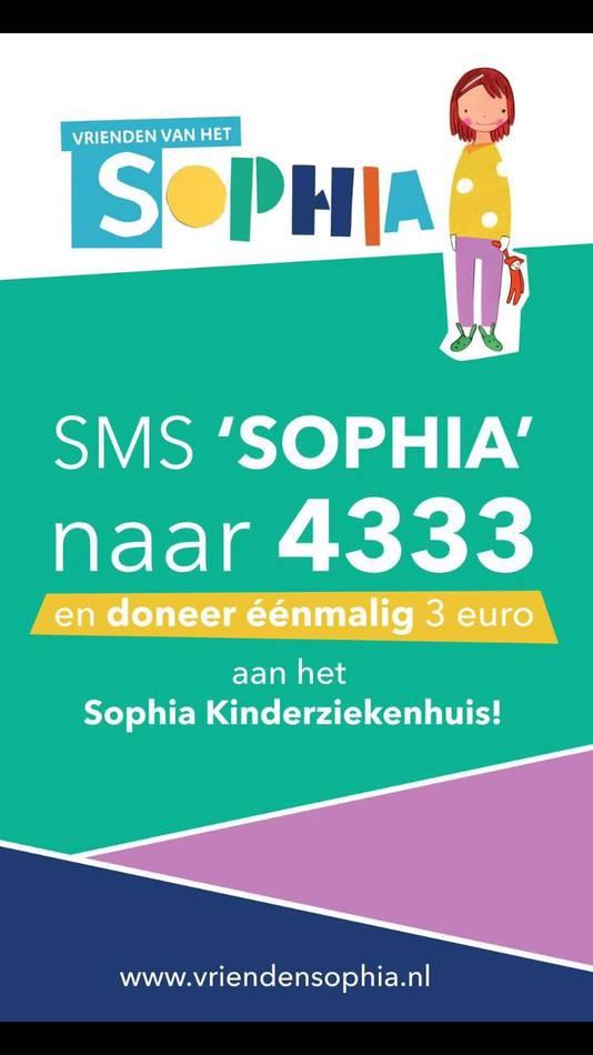 Buschauffeurs zamelen met een Feyenoordlied geld in voor het Sophia Kinderziekenhuis.