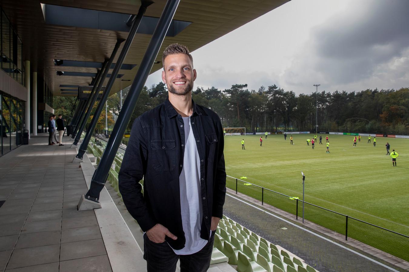 DOVO-keeper Sebastiaan van der Sman op het trainingscomplex van Vitesse.