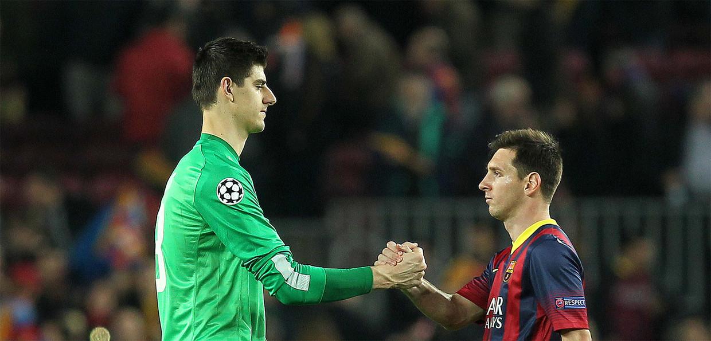 Courtois en Messi tijdens een eerdere ontmoeting Beeld Photonews