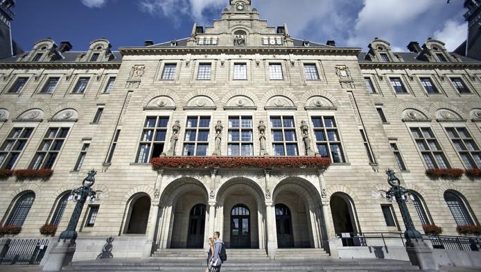 Het stadhuis aan de Coolsingel in Rotterdam