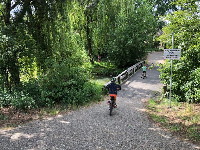 Deze brug tussen Morene en Sieberg wordt vervangen.