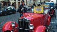 Praagse oldtimers voor toeristen die nostalgie willen opsnuiven, blijken gevaar op de weg