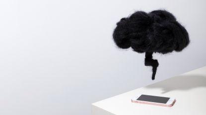 Ongemerkt slokt de smartphone veel te veel van onze tijd op, en dat eist zijn tol