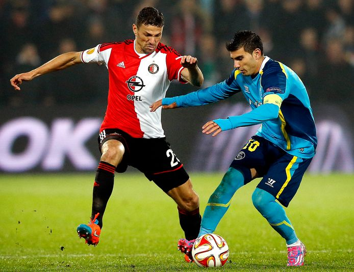 Reyes in duel met Boulahrouz.
