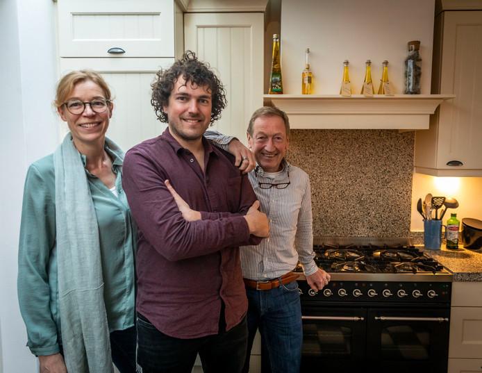 Mandy Prinsen, Jimmy van de Leemputten en Antoon van Schaijk.