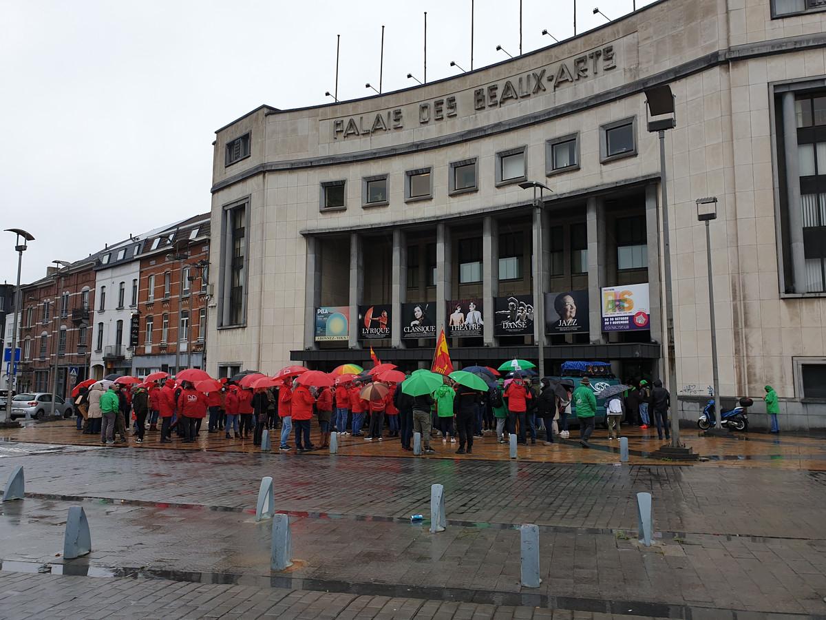 Manifestation CSC et FGTB contre la pauvreté à Charleroi.
