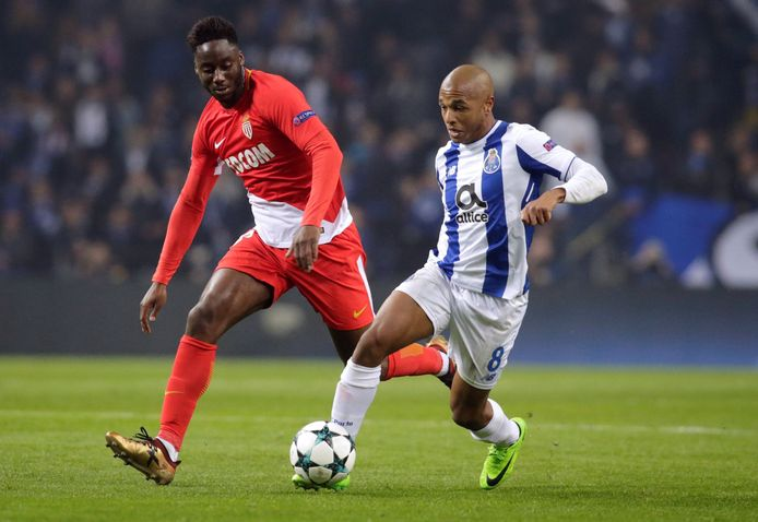 Soualiho Meïté in actie in het Champions League-duel tegen FC Porto.
