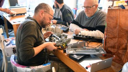 Repair Café in CC 't Aambeeld