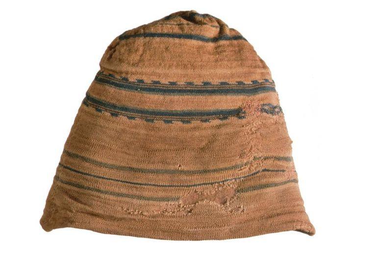 Aanvankelijk droegen walvisvaarders hoeden, maar al gauw hadden ze door dat een gebreide muts praktischer was. Beeld