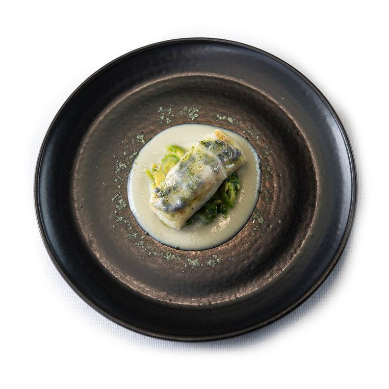 Gegrilde griet, spruiten, oester, lardo di colonnata, haringkuit. Beeld Els Zweerink