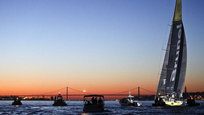 Het Nederlandse team Brunel arriveerde deze week als eerste in Lissabon.