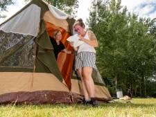 Dankzij pop-upcamping kan Monique (25) uit Elburg voor het eerst met haar gezin op vakantie