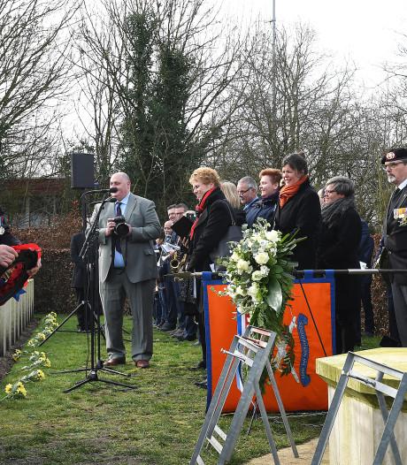 Luid applaus voor oorlogsveteraan Edwin Hunt (99) en al die andere bevrijders van Gennep