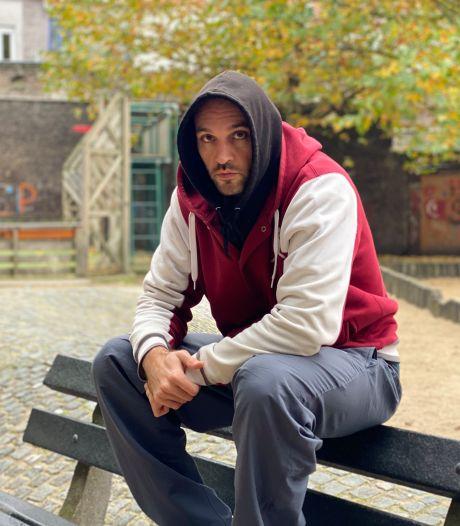 """Gentse rapper brengt eerste album uit: """"Mijn leerlingen vragen regelmatig of ik eens wil freestylen"""""""