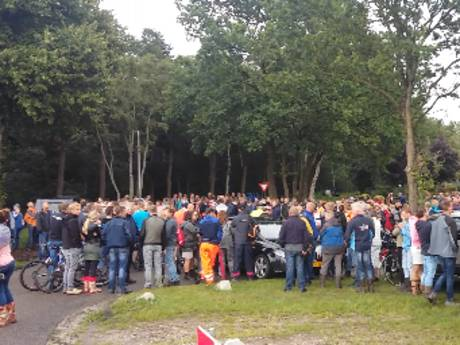 Vijfhonderd mensen zoeken naar vermiste Bert van der Hoek uit Staphorst
