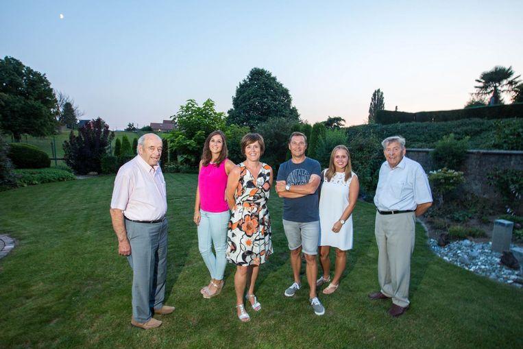 De onderwijsfamilie, met van links naar rechts: Jozef Stassen, Lore Luyx , Lieve Stassen, Jos Luyx, Eva Luyx en José Luyx.