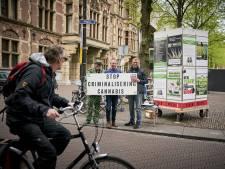 Hans Kamperman sprong van balkon in Tweede Kamer: 'Achteraf naïeve actie'