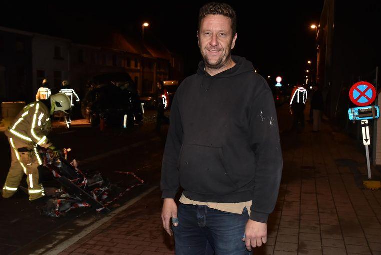 De bestelwagen van Thomas Van De Abeele werd aangereden.