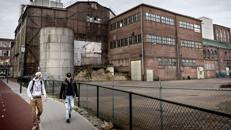 Of de bouw van een koopjescentrum voor 120 miljoen euro op het terrein van een oude suikerfabriek doorgaat, is onzeker. Beeld Rink Hof