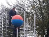 Ballen van Bert na opknapbeurt weer terug op vertrouwde stek