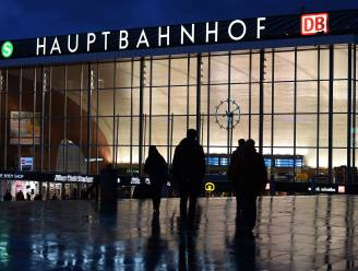 Meer dan 650 klachten ingediend na aanrandingen in Keulen