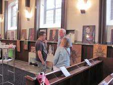 Expositie 'jeugdstijl' van Alexander Rietveld in Hurns kerkje