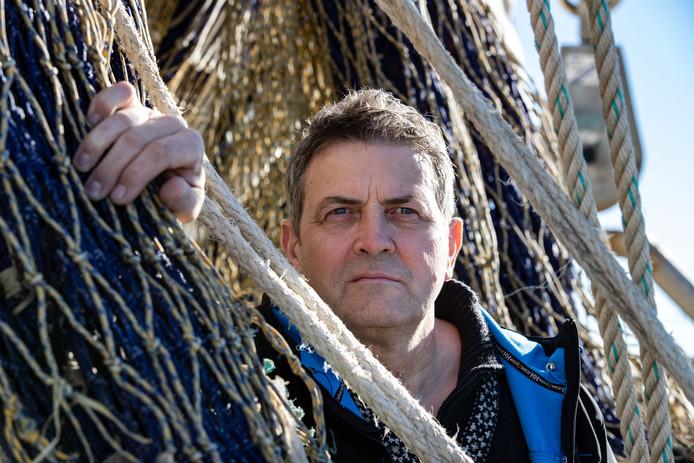 Jacob van Urk is voorzitter van de Producentenorganisatie Urk/ Visserijbelangen. Hij is tegen de voorgestelde sluiting van het Friese Front.