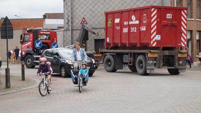 Fietsers lopen gevaar door zwaar verkeer in centrum