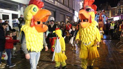 Carnavalisten geven 20.000 wafels aan rusthuizen en hulpdiensten
