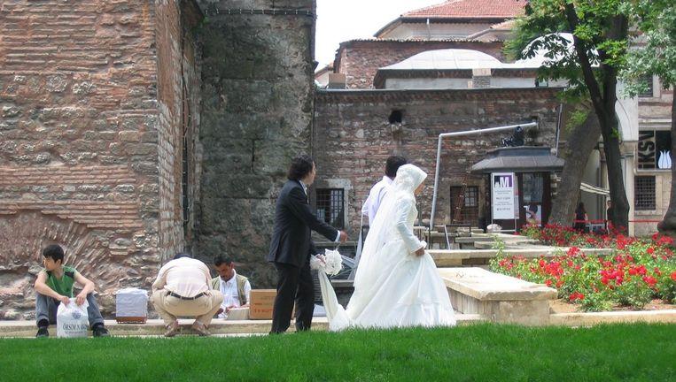 Een Turkse bruid in Istanboel. Beeld Flickr/Mohamed Nanabhay