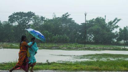 Bangladesh en India willen miljoenen mensen evacueren voor cycloon Amphan, maar niet iedereen durft naar opvangcentrum door coronavirus