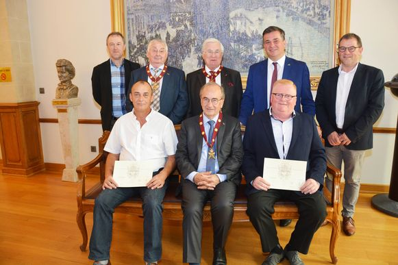 De Laureaten van de Arbeid zijn Marnick Desal en Luc Demuynck. Luc Martens , ereburgemeester van Roeselare kreeg de titel van Eredeken in de categorie gemeentepersoneel.