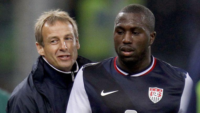 De Amerikaanse bondscoach Jürgen Klinsmann met Jozy Altidore. Beeld ap