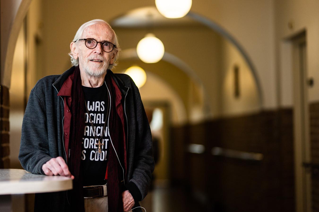 Theo Raaijmakers: 'Een priester moet onder de allerarmsten zijn.'