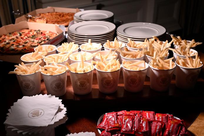 Fastfood in de eetzaal van het Witte Huis.