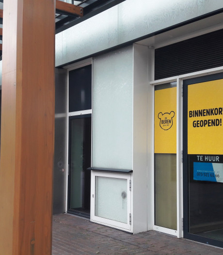 Straatbeeld: Restaurant De Beren kondigt komst aan