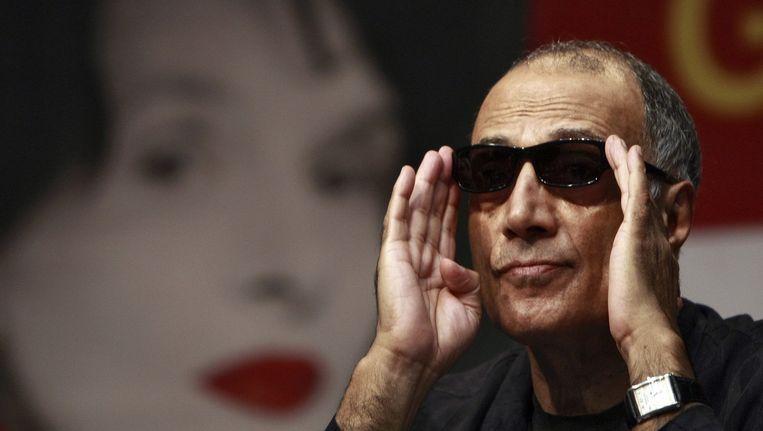 Abbas Kiarostami tijdens de presentatie van zijn of film 'Certified Copy' tijdens het Pusan International Film Festival (PIFF) in 2010. Beeld epa