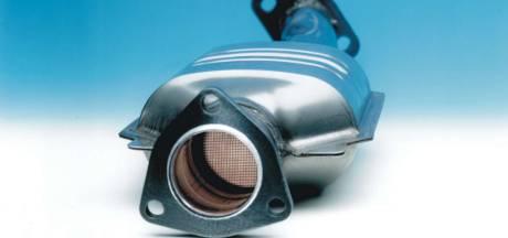 De nieuwste trend onder autodieven: het losknippen en stelen van katalysators