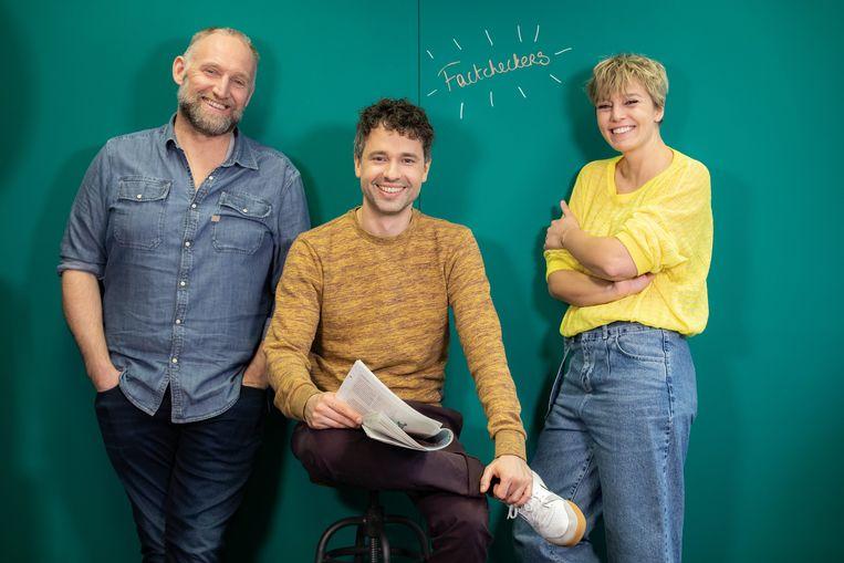 Thomas Vanderveken, Jan Van Looveren en Britt Van Marsenille gaan geen enkel onderwerp uit de weg in de nieuwe reeks 'Factcheckers'