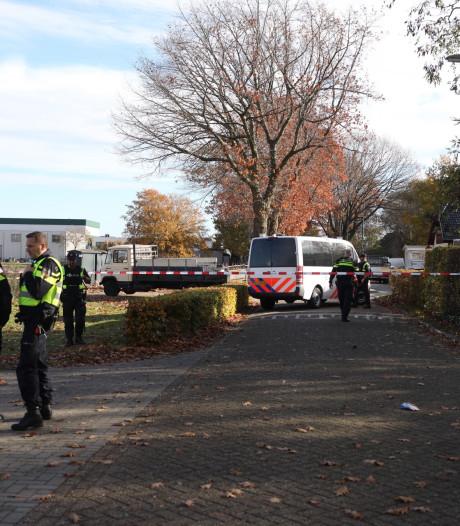 Groot onderzoek bij kamp in Oss waar Peter Netten is doodgeschoten: twee woonwagens ontruimd, bewoners weggestuurd