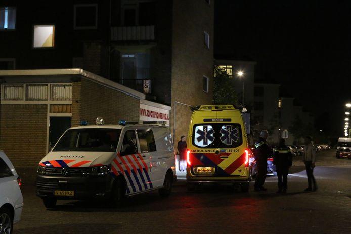 De bestuurder zou in een zwarte Volkswagen op voetgangers aan de Beijnenstraat in Voorburg zijn ingereden.