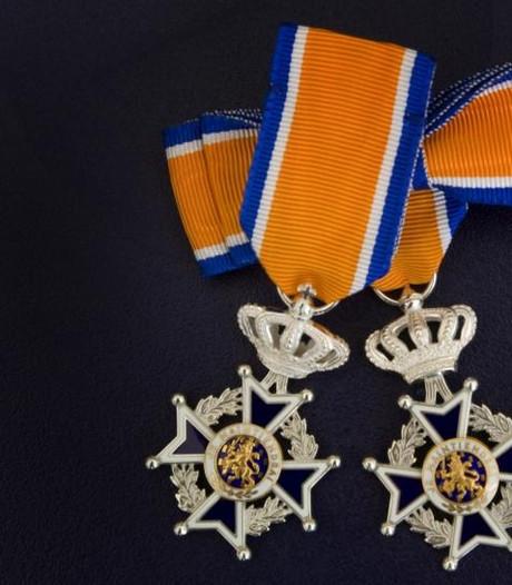 VVD Sint Anthonis wil onderzoek 'lintje Van Raaij' doorzetten