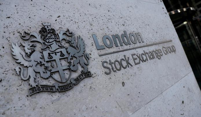 De ingang van de beurs in Londen.