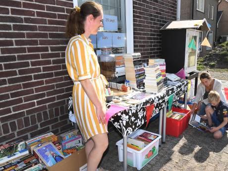 Van boekenkast langs de weg tot pipowagen: de minibieb rukt op, ook in Maasland