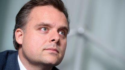 Minister Philippe De Backer (Open Vld) komt klinken in Evergem