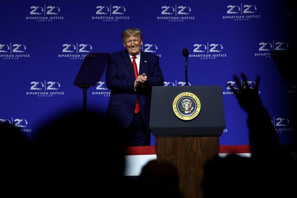 President Donald Trump tijdens zijn toespraak in het Benedict College op vrijdag.