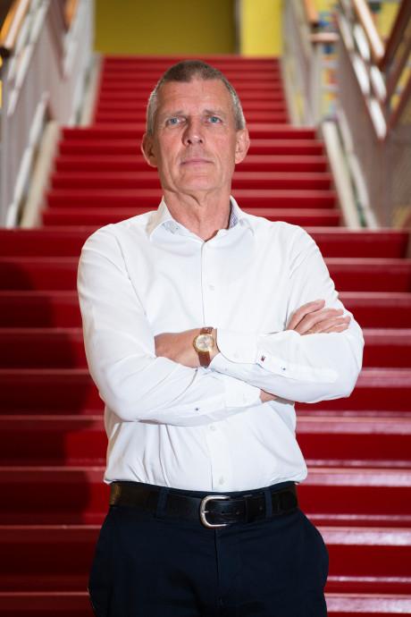 Van leraar tot directeur: Rob van Lohuijzen neemt afscheid van Praktijkschool Apeldoorn